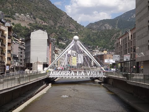 Andorra: the small country with a taste for miniature art & magnificent viewpoints (subtitled)