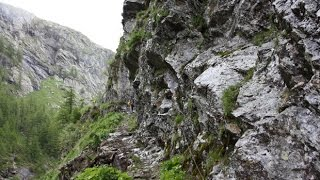 Rifugio Stuetta da Isola (fraz.  Madesimo-So), attraverso le Gole del Cardinello