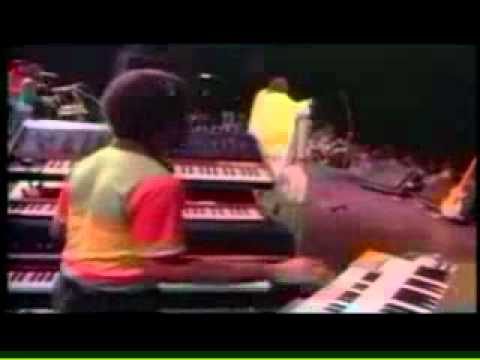 Peter Tosh - Equal Rights & DownPressor Man (Live)