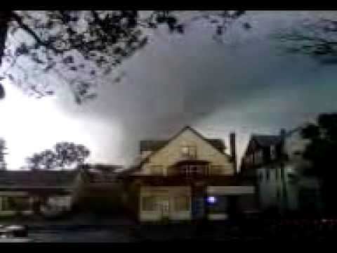 Tornado in chicopee ma 6-1-2011
