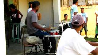 Band in Havanna.AVI
