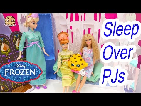 Disney Frozen Queen Elsa + Princess Anna PJ Fashions Doll Get Ready For Barbie Sleep Over - Video