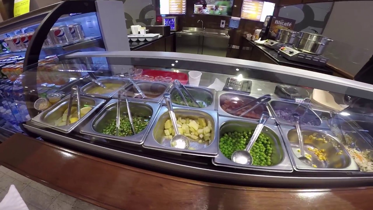 Видеообзор  Где поесть в Дубае Пельмени Momos Magic в Al-Ghurair  Centre Кафе, рестораны в Дубае 0fe27662729