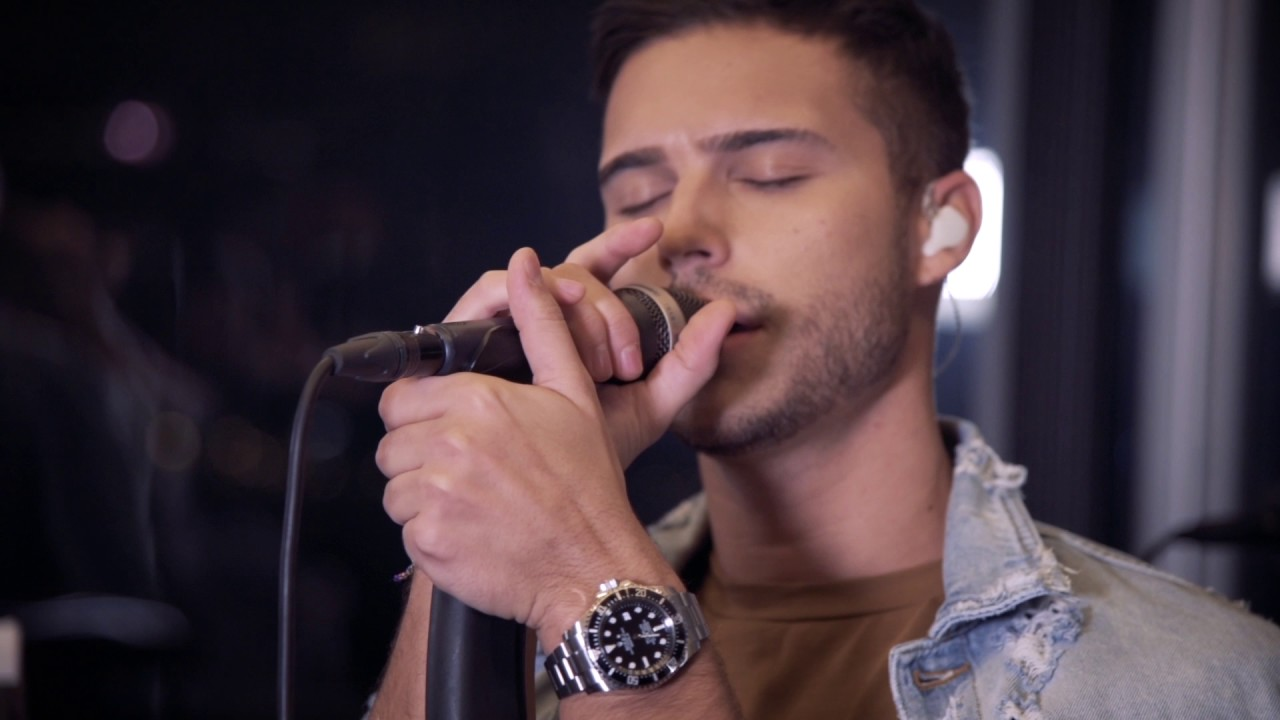 Eric Saade - Colors (Saade Live Session) - YouTube