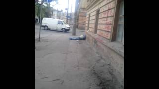 Харьков труп на улице