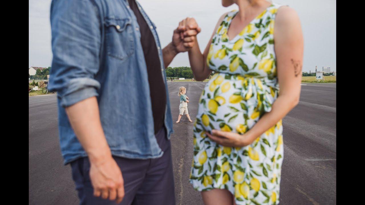 Familienfotos mit Babybauch auf dem Tempelhofer Feld //Josephine Neubert Fotografie //