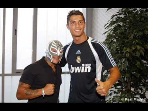 Cristiano Ronaldo con Rey Misterio - YouTube