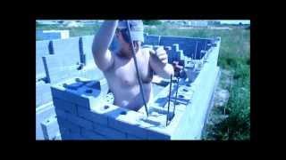 видео Как построить гараж своими руками дёшево