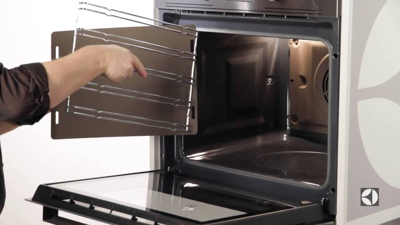 Встраиваемый электрический духовой шкаф Electrolux