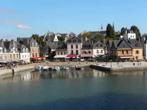 BRETAGNE Septembre 2010. Brocéliande, Pont-Aven, Morbihan. Musique Celtique: D. Arkenstone