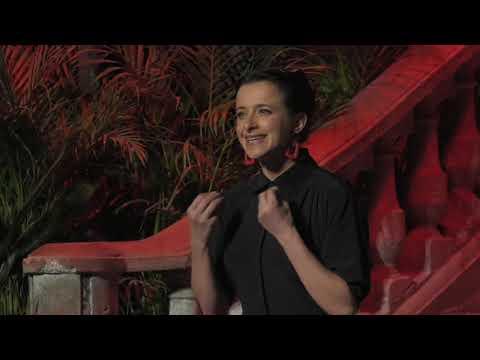 NO SE NACE FEMINISTA | Simone De Beauvoir (1908-1986) | TEDxCuauhtémoc
