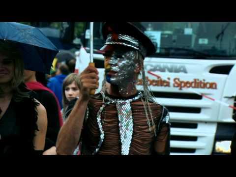 Świnki - Parada w Berlinie - fragment filmu