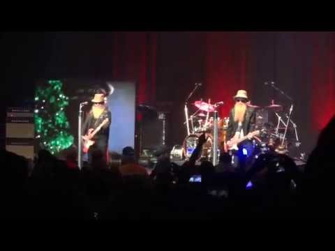 ZZ TOP - 'Sharp Dressed Man' @ Music Hall at Fair Park - Dallas TX