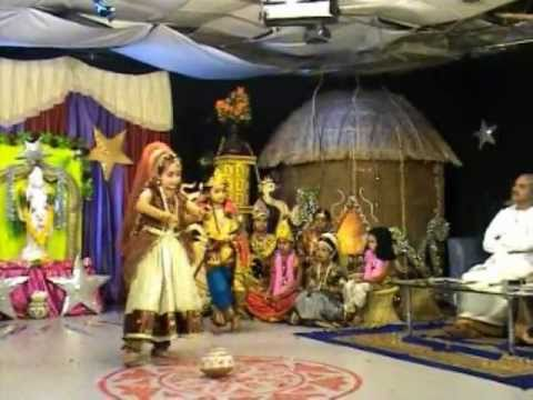 Madhura nagarilo - Semi classical Kuchipudi dance by  Kaumudhi at Bhakti TV Channel