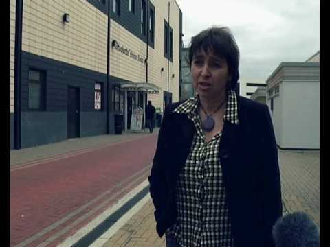 Tuition fee debate - Huddersfield and Oldham Students' Union