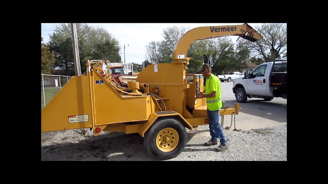 2001 Vermeer BC1230A tree chipper for sale | sold at auction November 15,  2012