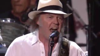 Neil Young & Crazy Horse   I Saw Her Standing There HD