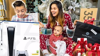 OPENING PRESENTS on CHRISTMAS MORNING!!! | The Royalty Family