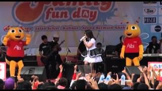 Video Via Vallen - Pergi Pagi Pulang Pagi [live Alfamart Semarang] download MP3, 3GP, MP4, WEBM, AVI, FLV Oktober 2017