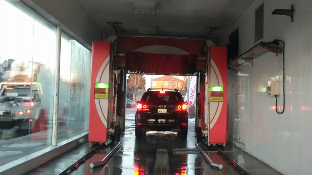 Touchless Car Wash At Esso Gas Station In Brampton On Steeles And Chinguacousy Intersection 4k