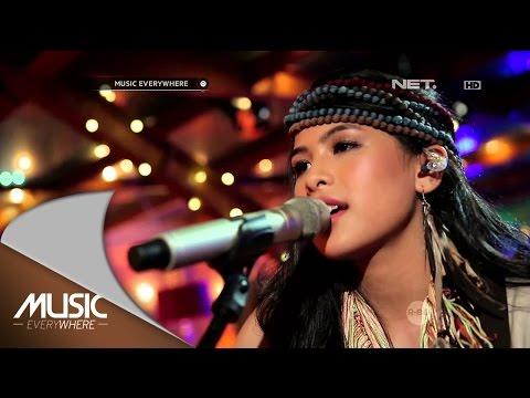 Maudy Ayunda - Lost Stars (Adam Levine Cover) (Live At Music Everywhere) *