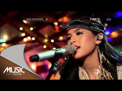 Maudy Ayunda - Lost Stars (Adam Levine Cover) (Live at Music Everywhere) *