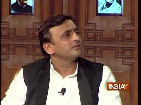 UP Chief Minister Akhilesh Yadav in Aap Ki Adalat 2016 - Chunav Manch
