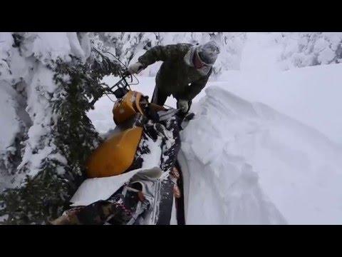 Обзор снегохода Dingo T 150. Доводим до ума. Засел снегоход в сугробе