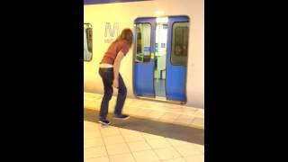 Неожиданный трюк в метро