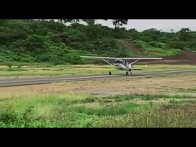 HK364-G CESSNA 180 takeoff in LOS CAMPANOS aerodrome