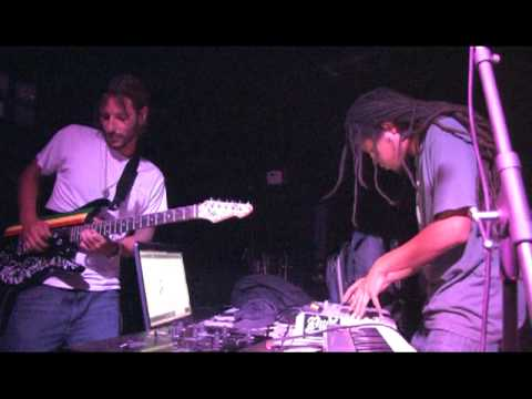 """DT (Clan Destined) - """"Hideaway"""" from the Yes Project live at Free Acid 3"""
