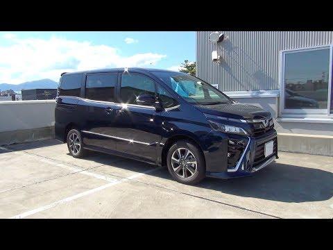 2017/2018 New TOYOTA VOXY 4WD - Exterior & Interior