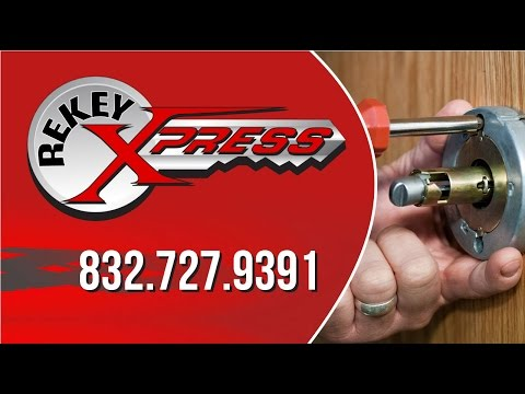 Mobile locksmith Houston demonstrates a plug spinner -- ReKey Xpress Locksmith