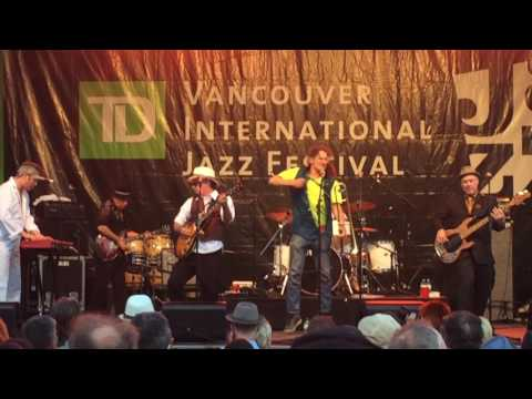 Roots Roundup -  No It U Love, July 2, 2016, David Lam Park, Vancouver