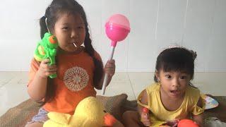 Tố Tố TV   Dạy bé tự phòng vệ khi không có cha mẹ bên cạnh