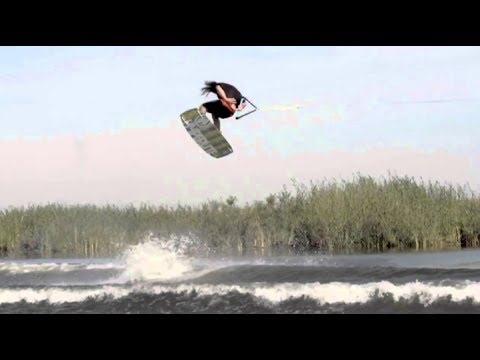 WAKEBOARDS IN CARSON CITY - HYPERLITE FRANCHISE WAKEBOARD REVIEW (BLUEZONE SPORTS)