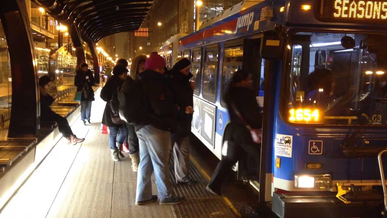 A CTA bus pulls into a Loop Link BRT station
