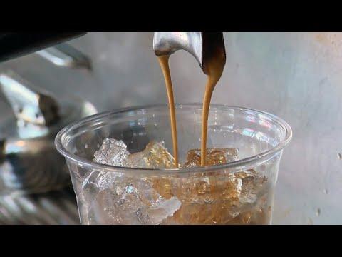 Coffee drinkers live longer, studies say