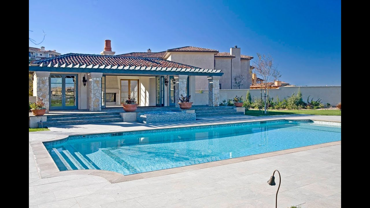 Britney Spears House Tour In Calabasas California