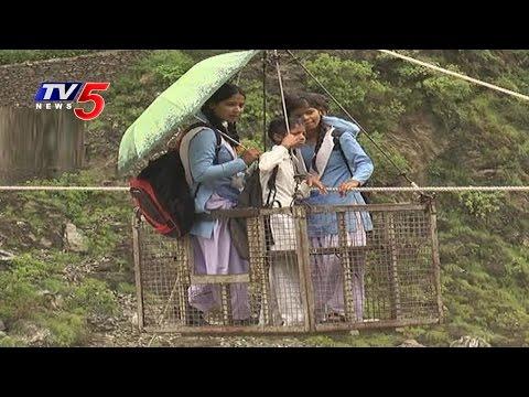 Uttarakhand Rains | Rope Trolley Used to Cross Flooded Alaknanda River | TV5 News
