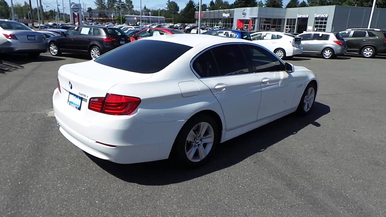 2011 bmw 528i white stock 13729p walk around [ 1280 x 720 Pixel ]