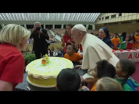 عيد قبل العيد.. البابا فرنسيس يطفئ شمعته الثانية والثمانين…  - نشر قبل 2 ساعة