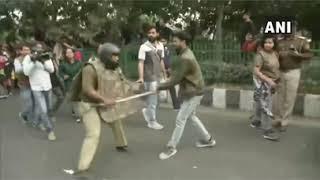 Police Lathi-Charge JNU Students Marching To Rashtrapati Bhawan