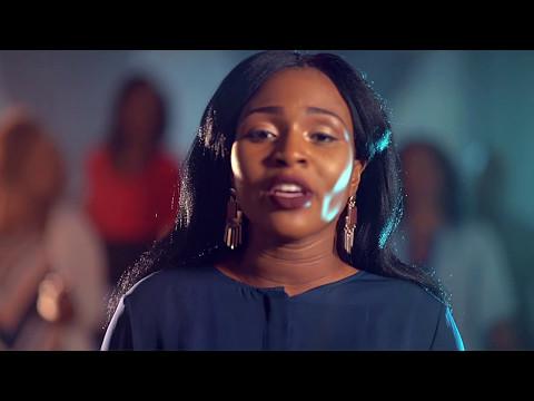 Dena Mwana - Je chante Hosanna (Clip Officiel)