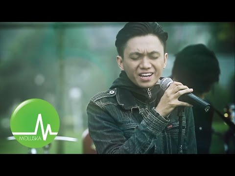 Moluska - Berpisah Untuk Kembali (Official Music Video)