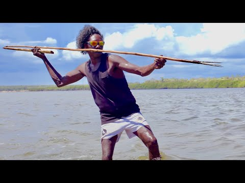 Ep.2 'Night Spear'. Aboriginal Hunting & Spearfishing In Remote Australia - FISHING THE WILD NT