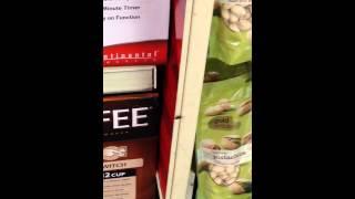 Video de cucaracha en CVS Ponce Puerto Rico tienda #6493