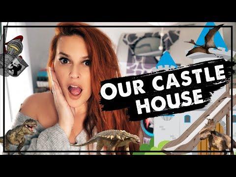 Ένα κάστρο, μία τσουλήθρα και δεινόσαυροι στο νέο μας σπίτι! | Sissy Christidou