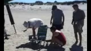 How to close a Tony Bahama beach chair