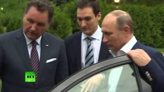 Владимир Путин прокатился за рулем «Лады Веста»